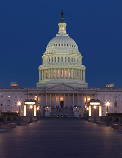 USCapitol_-_U.S._Capitol_at_Night